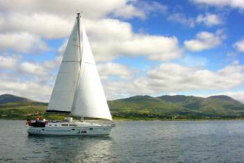 Jessy under sail in Bantry Bay